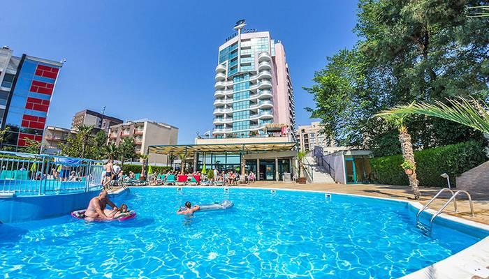 Bulharsko - Slnečné pobrežie - Grand Hotel Sunny Beach - hotel s bazénom ... be1f2b998e4